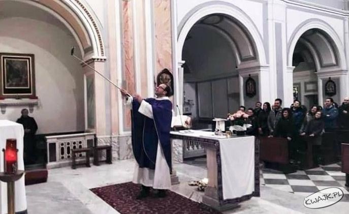 Zdjęcie do raportu dla biskupa