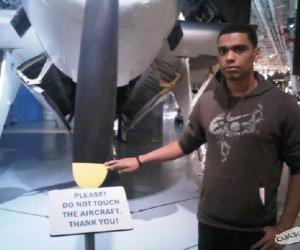 Prosimy nie dotykać samolotu!