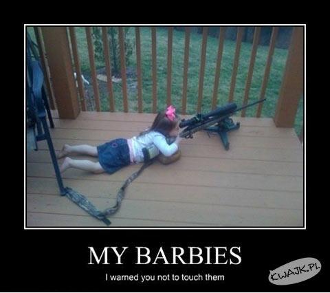 Mówiłam, żeby nie dotykać moich Barbie!