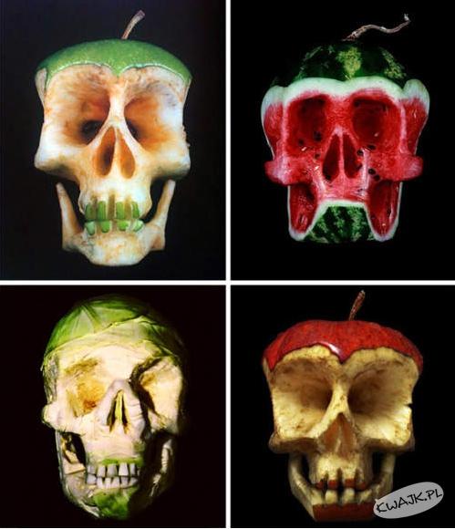 Owocowa czaszka