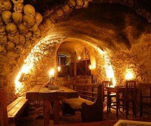 Średniowieczna tawerna w Pradze