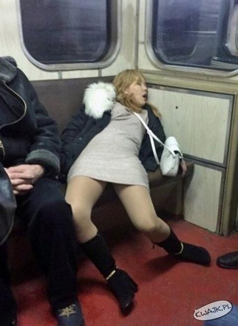 Gdzieś w Rosji. Powrót po imprezie...
