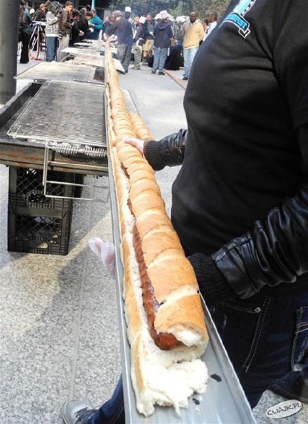 Długaśny hot-dog